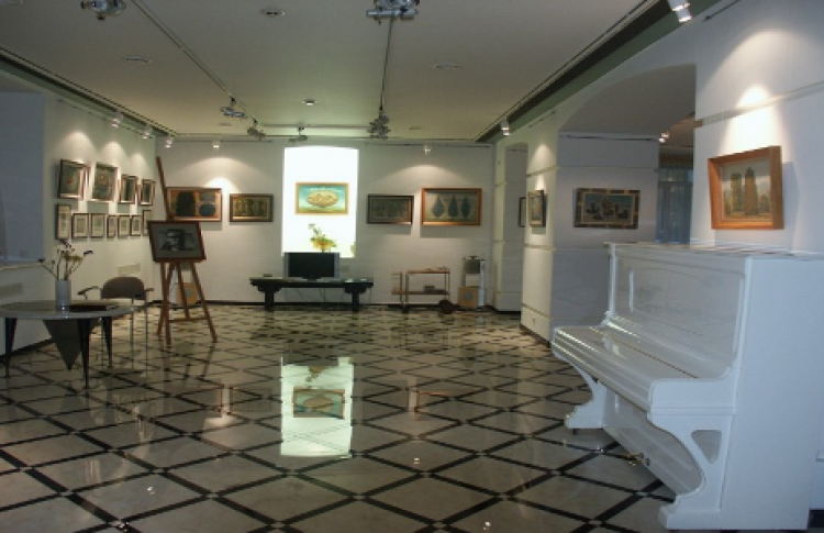 Галерея «Романовъ»