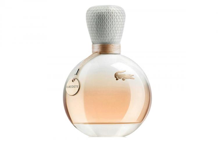 Первый женский аромат вколлекции Eau deLacoste