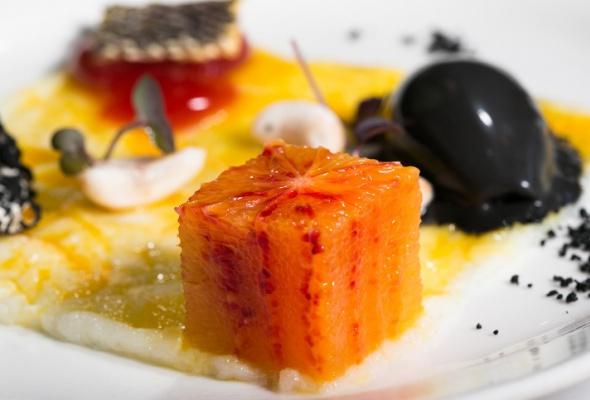 Севиче изчилийского сибаса скровавыми апельсинами имороженым изкаракатицы - Фото №24