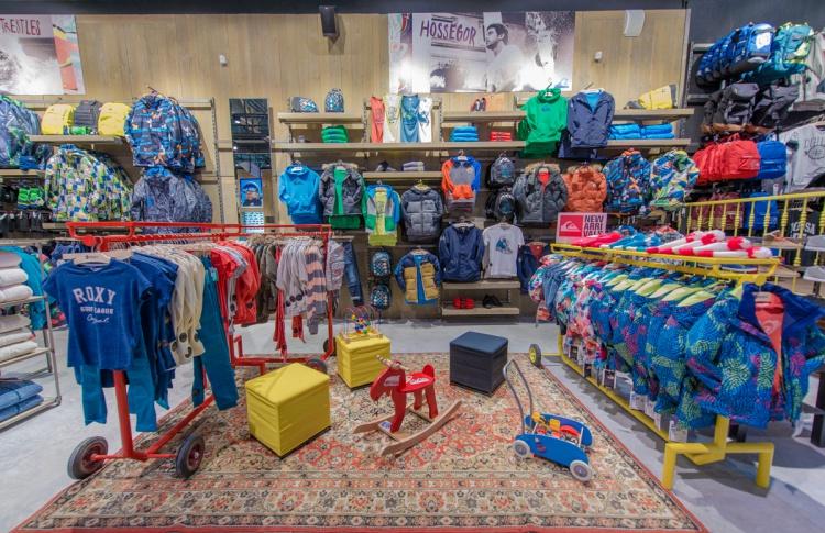 В Петербурге открылся экстрим-магазин Boardriders Фото №446826