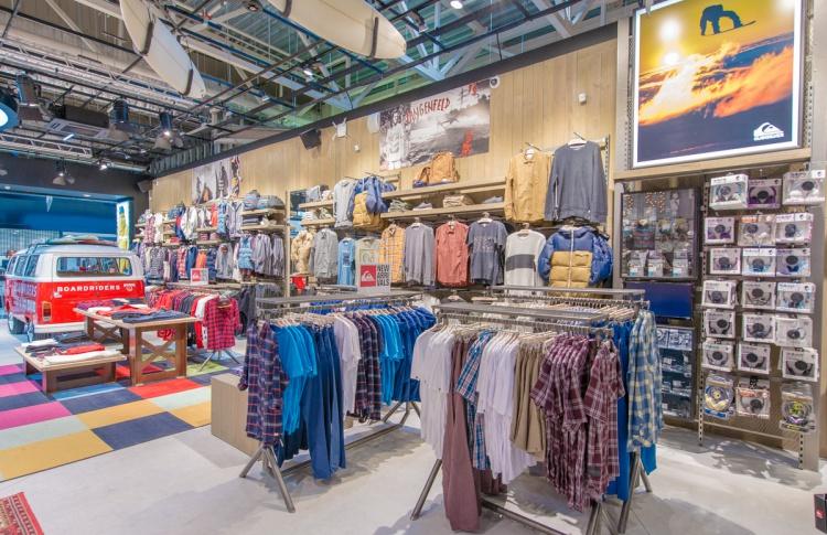 В Петербурге открылся экстрим-магазин Boardriders Фото №446829