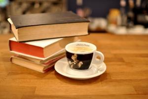5 книг для прохладного осеннего вечера