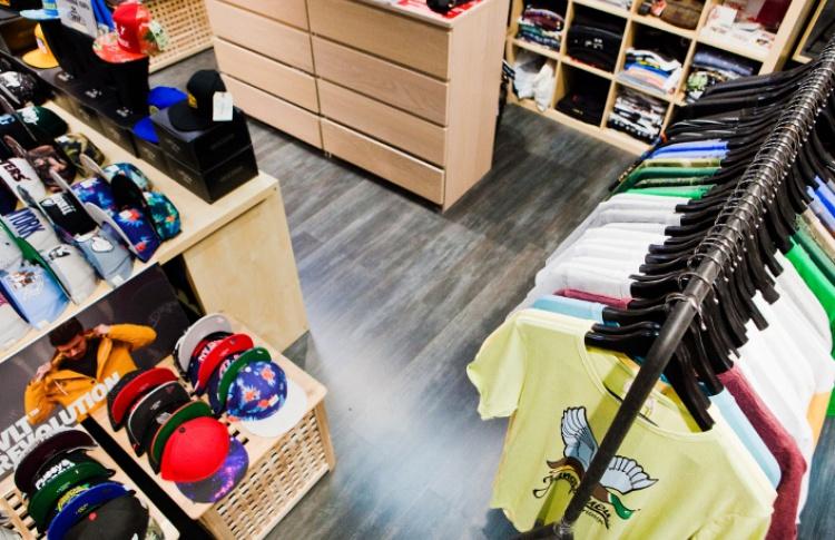 Магазин street-одежды и аксессуаров