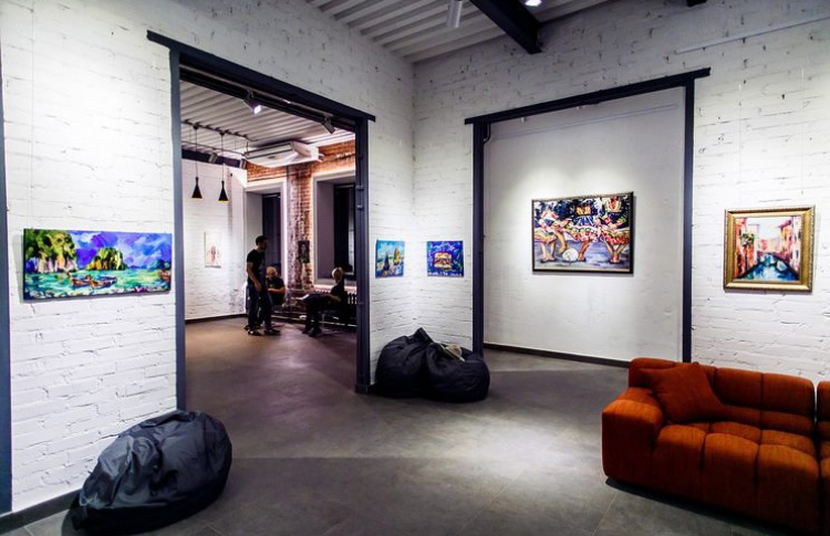 Total Art Club