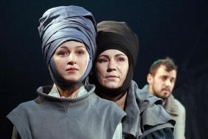 7 самых долгожданных театральных премьер апреля