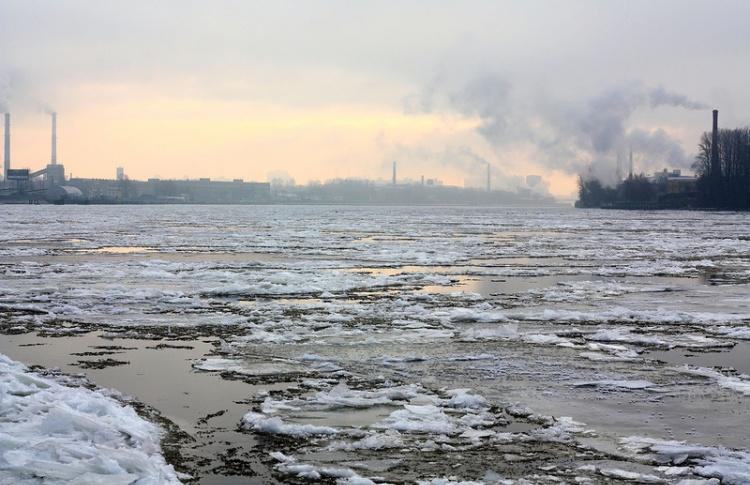 Навигация в Санкт-Петербурге закрыта на 2 недели раньше