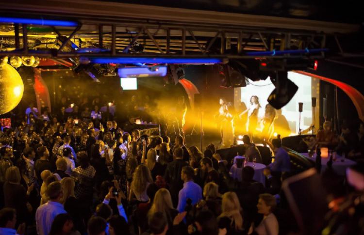 Где находится клуб ленинград в москве фото
