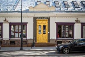 9 московских ресторанов с бесплатными парковками