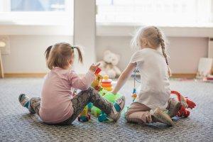 5 сетевых ресторанов для взрослых с детскими комнатами