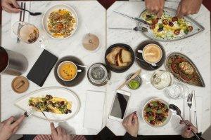 8 новых бранчей в ресторанах Москвы