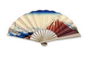 Пушкинский музей готовит новые сувениры к японской выставке