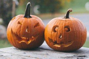 Страшно весело. 10 мест, где можно душевно встретить Хэллоуин