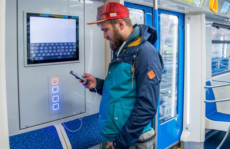 В метро запустили еще 5 поездов «Москва»