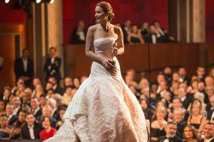 Самые знаменитые наряды «Оскара» за 90 лет