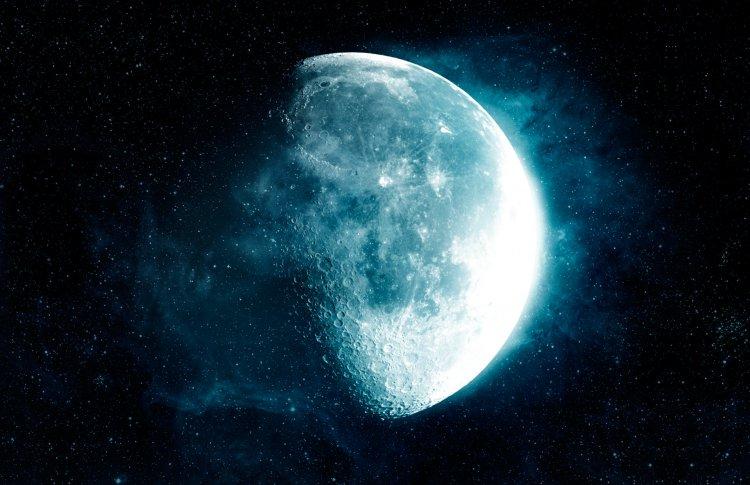 Москвичи увидят серп Луны среди звезд