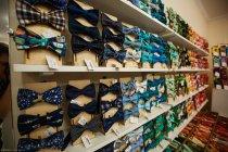 Магазин галстуков-бабочек «Чинаски»