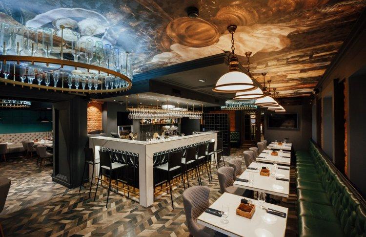 Grandcafe 18/53: авторская кухня, интригующий дизайн и отменная винная карта