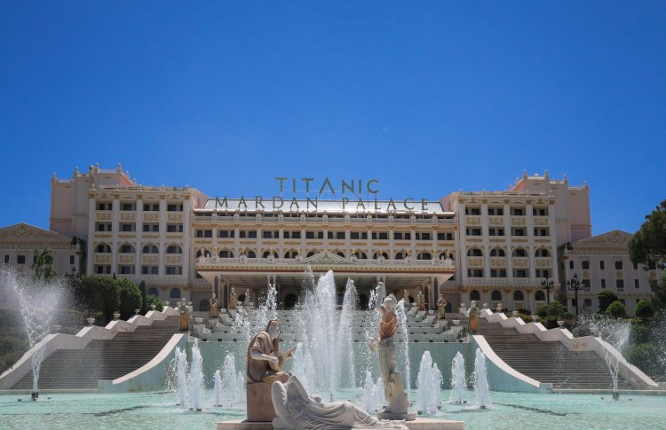 12 причин посетить Titanic Mardan Palace (на самом деле больше)