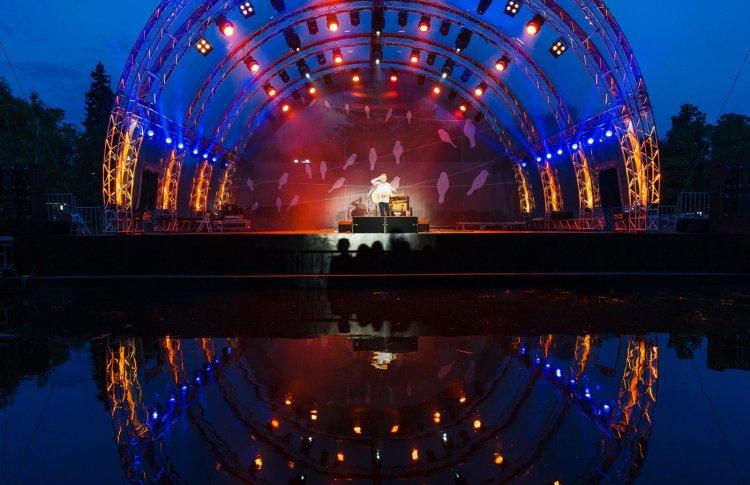 Зеленый театр на ВДНХ откроется бесплатным концертом
