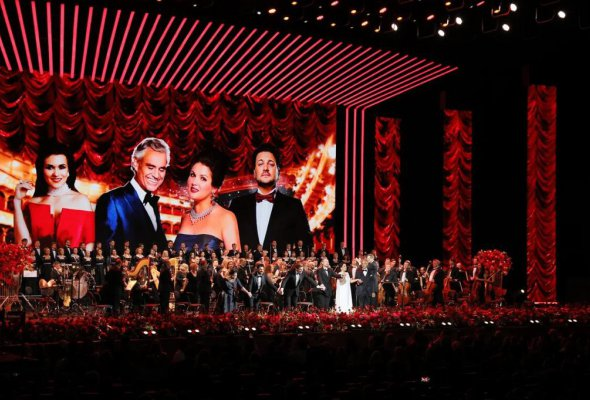 В Москве с огромным успехом прошел концерт звезд мировой оперы - Фото №0