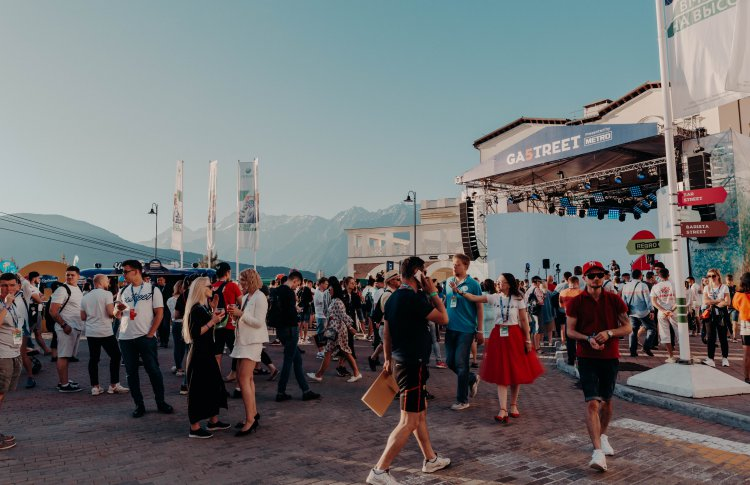 «Абрау-Дюрсо» вновь представил Abrau Street Bar на фестивале Gastreet 2019