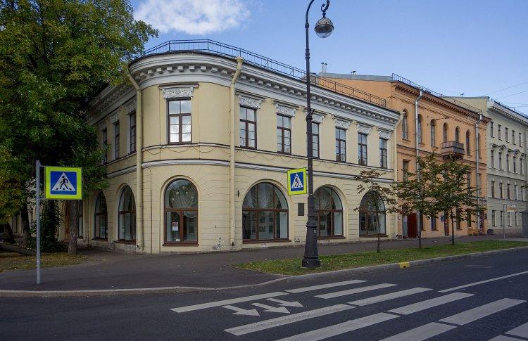 Галерея на пр. Ленина, 57