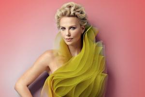10 самых сексуальных актрис и моделей