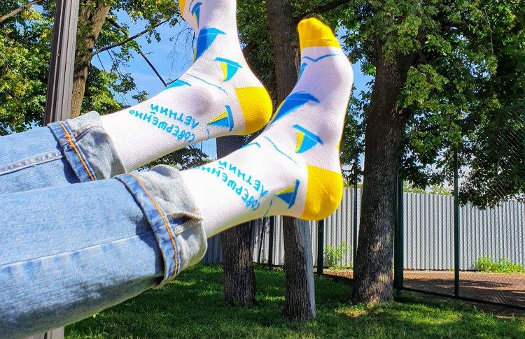 Совершенно летние носки будут продавать на фестивале STEREOLETO