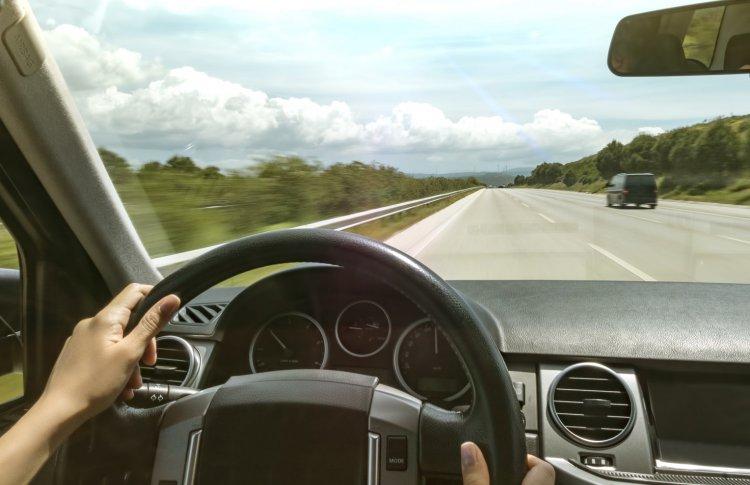 Как не уснуть за рулем: 5 способов сохранить бодрость
