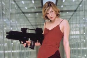 9 сексуальных киногероинь, которые могут за себя постоять