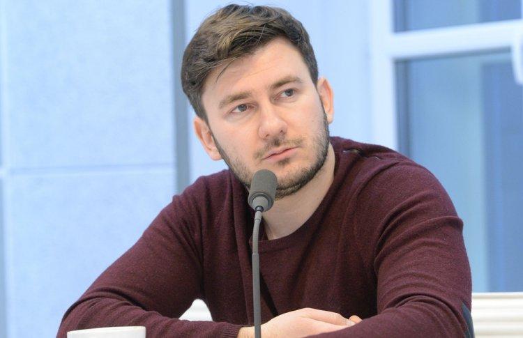 Встреча с Дмитрием Глуховским пройдет в «Пионере»