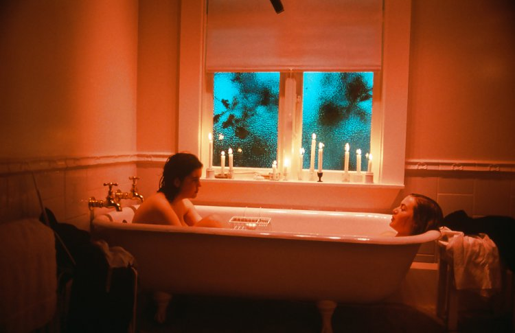 51. Небесные создания (Heavenly Creatures, 1994)