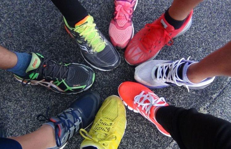 Lamoda запустила примерку кроссовок в приложении