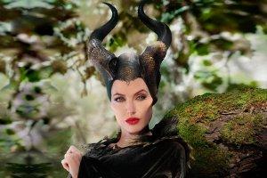 Анджелина Джоли и еще 5 голливудских актрис, сыгравших сказочных злодеек
