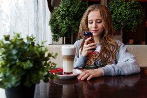 Все в телефоне: 5 приложений для прогулок по Москве