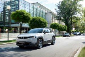 MAZDA MX-30 — экологичный электромобиль для водителя