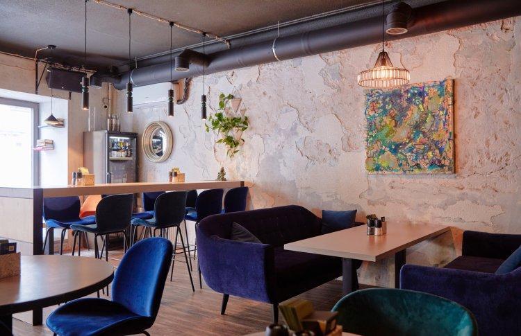 В Москве открылся винный бар «Винил и вино»