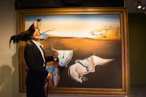 Гостей «Манежа» познакомят с магическим искусством Дали