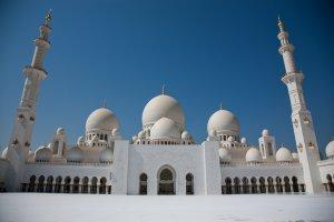 Шик и роскошь: как провести отпуск в Абу-Даби