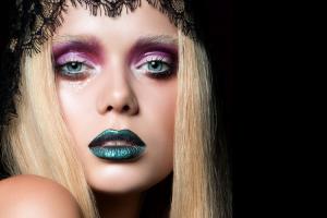 Снежность красоты: новогодние советы по макияжу