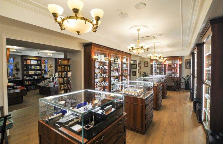 Книжный магазин «Достоевский»