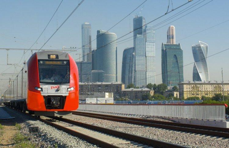 На московские рельсы: как за 10 лет похорошел ж/д транспорт Москвы
