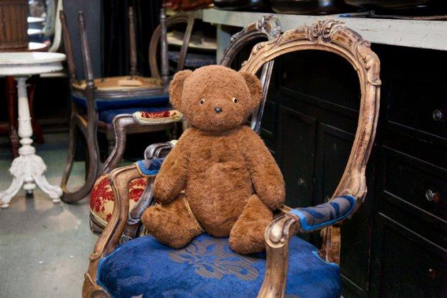 Ананасовый суп и сорокалетний медведь: почему театр невозможен без реквизитора