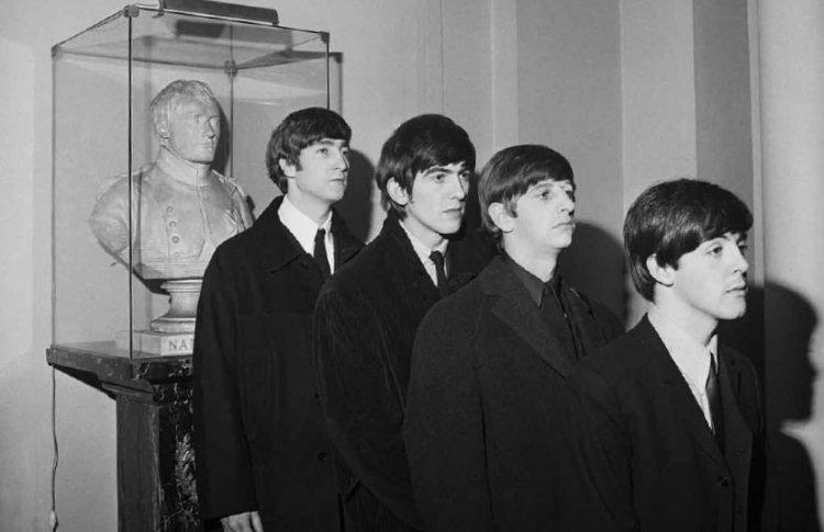 На выставке Гарри Бенсона пройдет день The Beatles