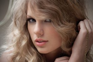 На Netflix вышел трейлер документалки о Тейлор Свифт