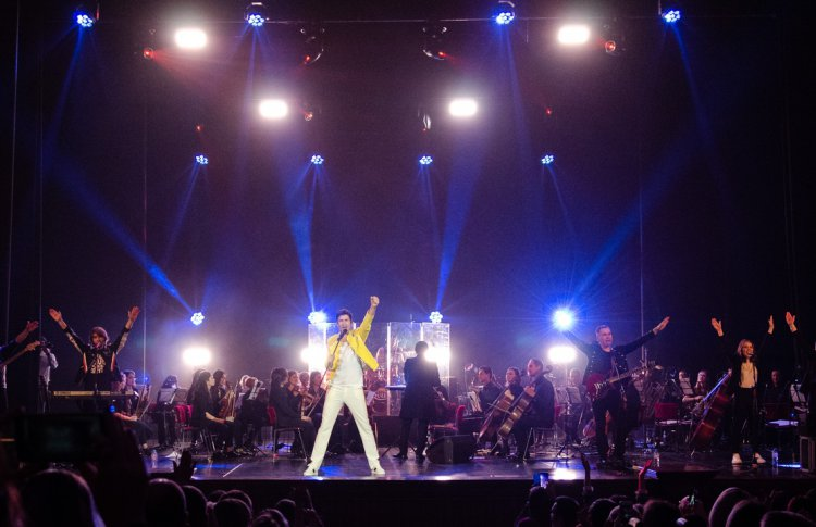 Queen & Scorpions Symphony Tribute Show