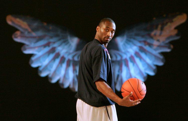 Легенда спорта Коби Брайант погиб в авиакатастрофе