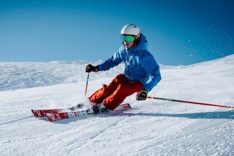 Назло и вопреки: где кататься на лыжах и сноуборде в Москве и Подмосковье прямо сейчас