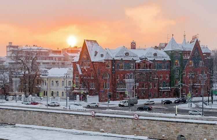Волшебный фонарь: 5 историй московских сказочных домов