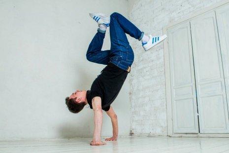 Непростые движения: 8 классных танцевальных школ в Москве
